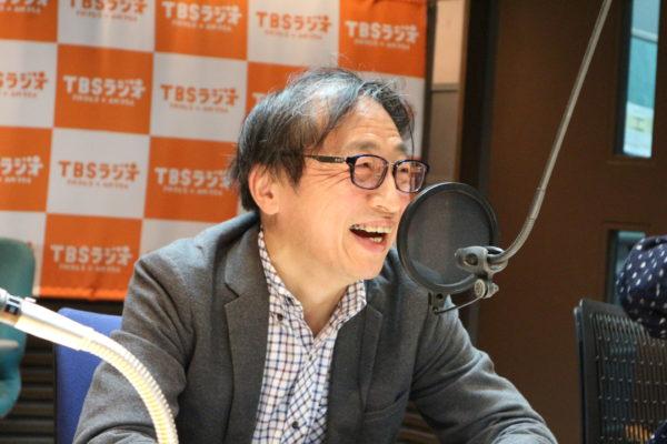 事通信社解説委員の山田惠資さんのヘアスタイルの移り変わり⑥
