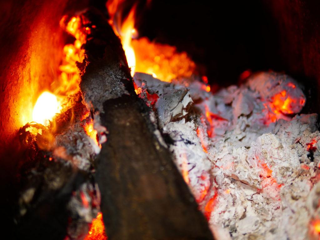 オススメの電気の暖房器具「部位」別9選!2、3月の寒さ対策!