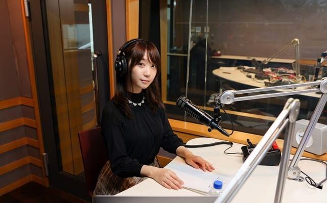 「伊織もえのCHUCHUチューズデイ~夜ふかしラジオ~」のラジオパーソナリティとしても活躍!